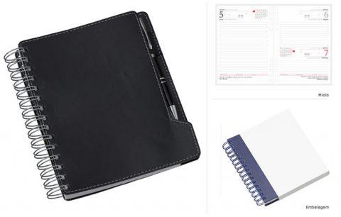 AG 757 - AGENDA WIRE-O Agenda com 346 páginas 2x2 cores, Índice telefônico, Planejamento para próximo ano, Mapa em 4 cores. Cor marrom. Medidas: Fechado: 160 x 200 mm